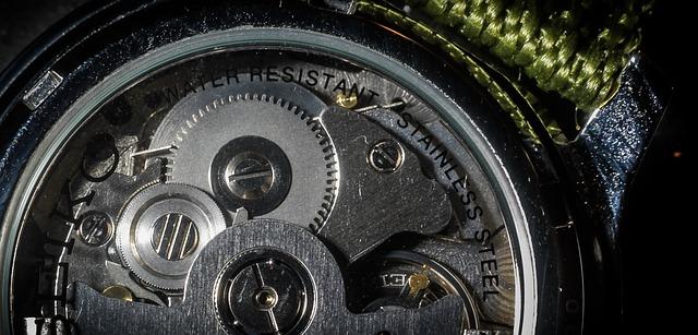 strojek od hodinek